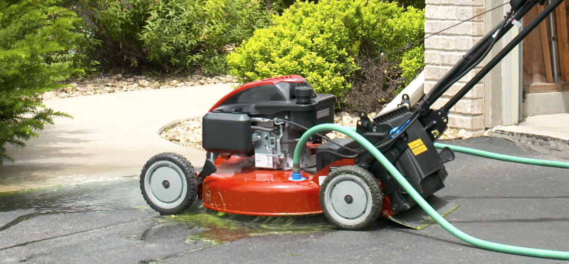 How To Clean a Lawn Mower Deck the Right Way