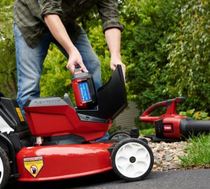 10 Things You Should Know Before Buying a Battery Powered Yard Tool